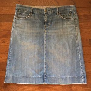 Gap jean skirt size 10